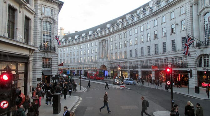 PHOTO ESSAY | Regent Street | London